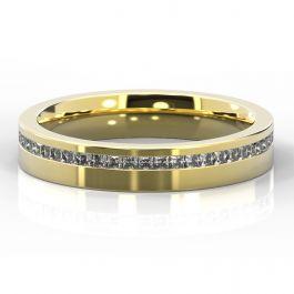 4mm Offset Princess Cut Diamond Ring   Yellow Gold