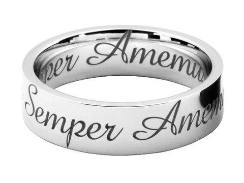 筆記体の英文字彫刻を結婚指輪にオーダーメイドする
