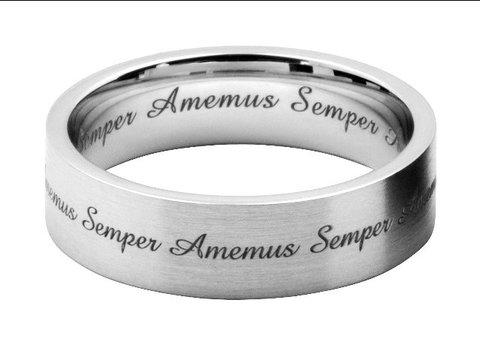 筆記体の英文字彫刻を結婚指輪にオーダーメイド