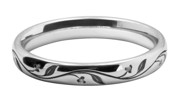 植物模様をレーザー彫刻したレディスのオーダーメイド結婚指輪