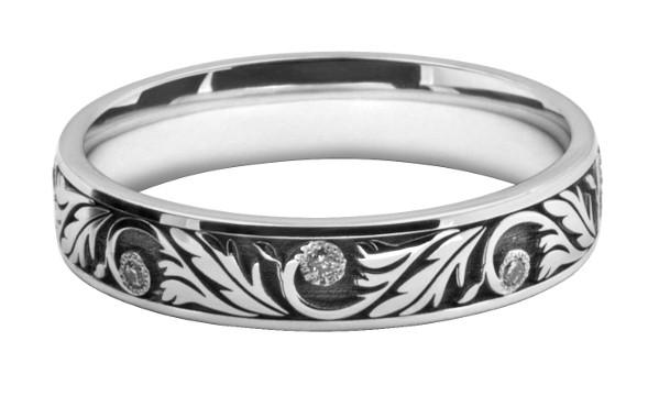 オリジナルの模様を結婚指輪にオーダーメイドする