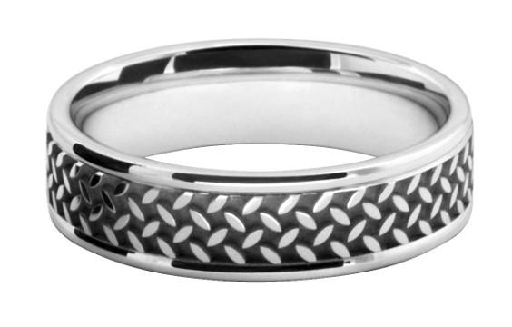 格子パターンの模様をレーザー彫刻したメンズの結婚指輪オーダーメイド